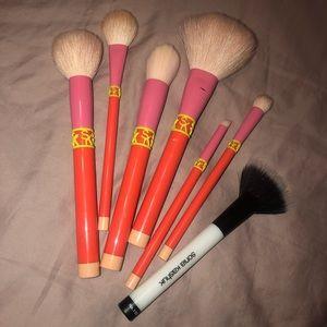 Sonia kashuk makeup brush bundle